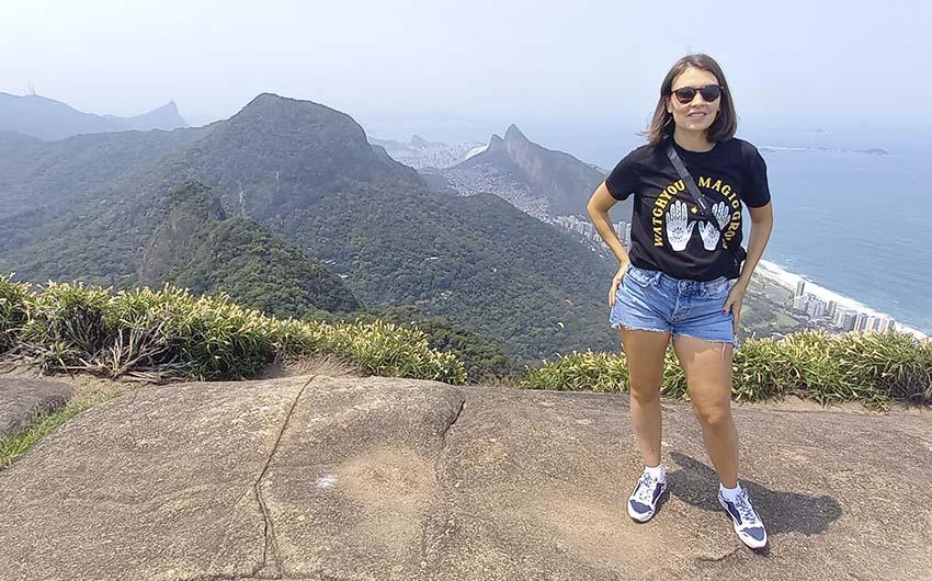 Hiking to Pedra Bonita